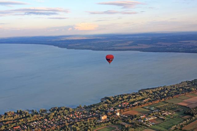 Forrás Balaton Ballooning